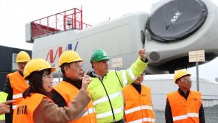 [포토]가세로 태안군수, 덴마크 오르후스 베스타스 풍력발전기 공장 방문