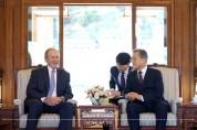 [포토뉴스] 부시 前 미국 대통령 접견
